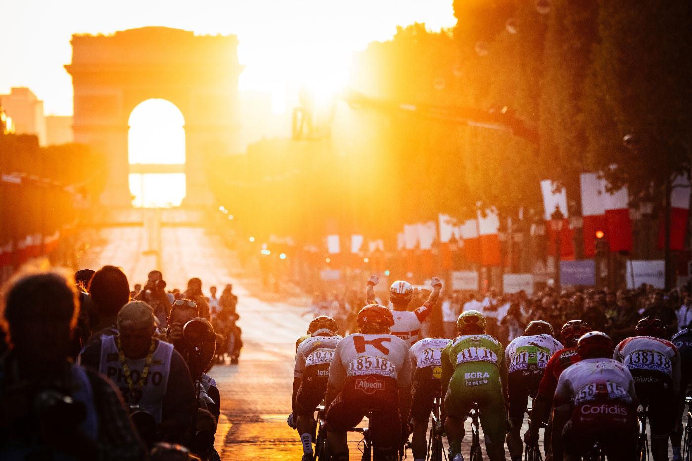 Champs d'Elysees